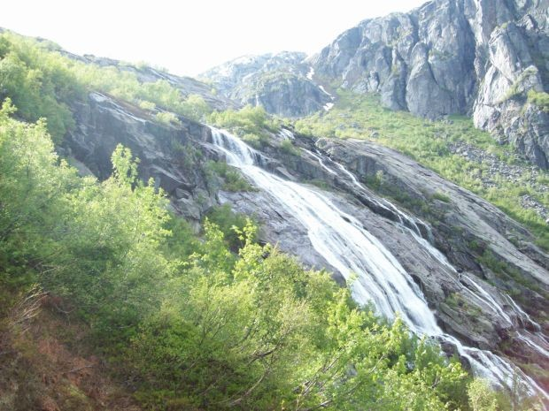 Wasser begleitet stetig unseren Weg