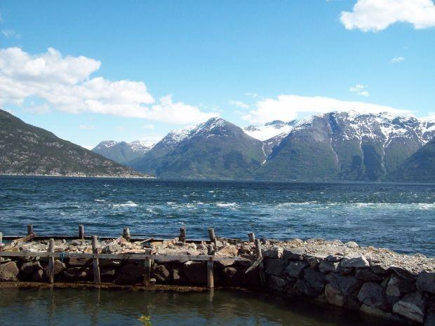 Blick über den Fjord...