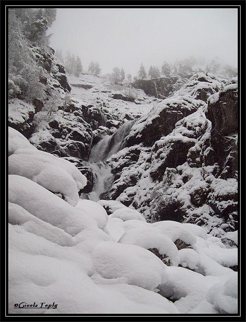 Låtefossen..im winterlichen Schneezauber...