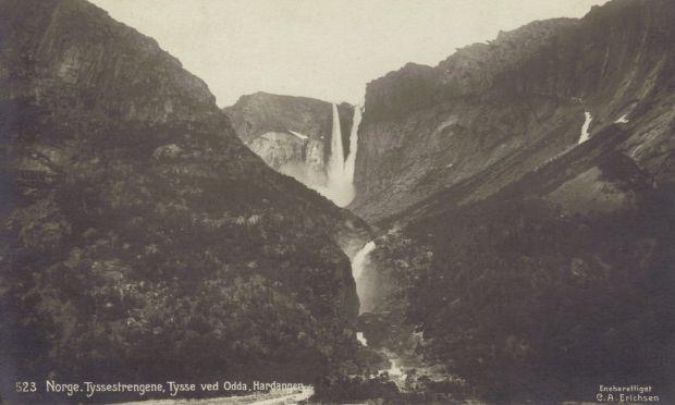 Alte Postkartenansicht des Tyssestrengene am oberen Ende des Ringedalsvatnet in Skjeggedal