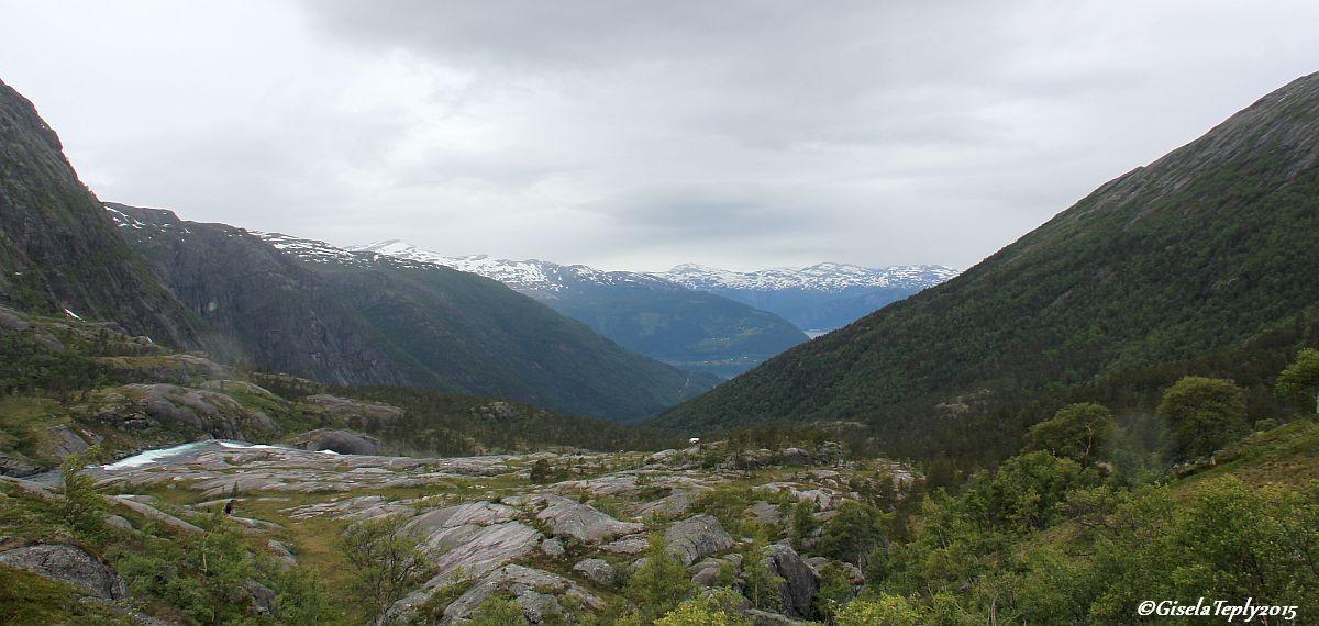 Blick Richtung Kinsarvik und Fjord