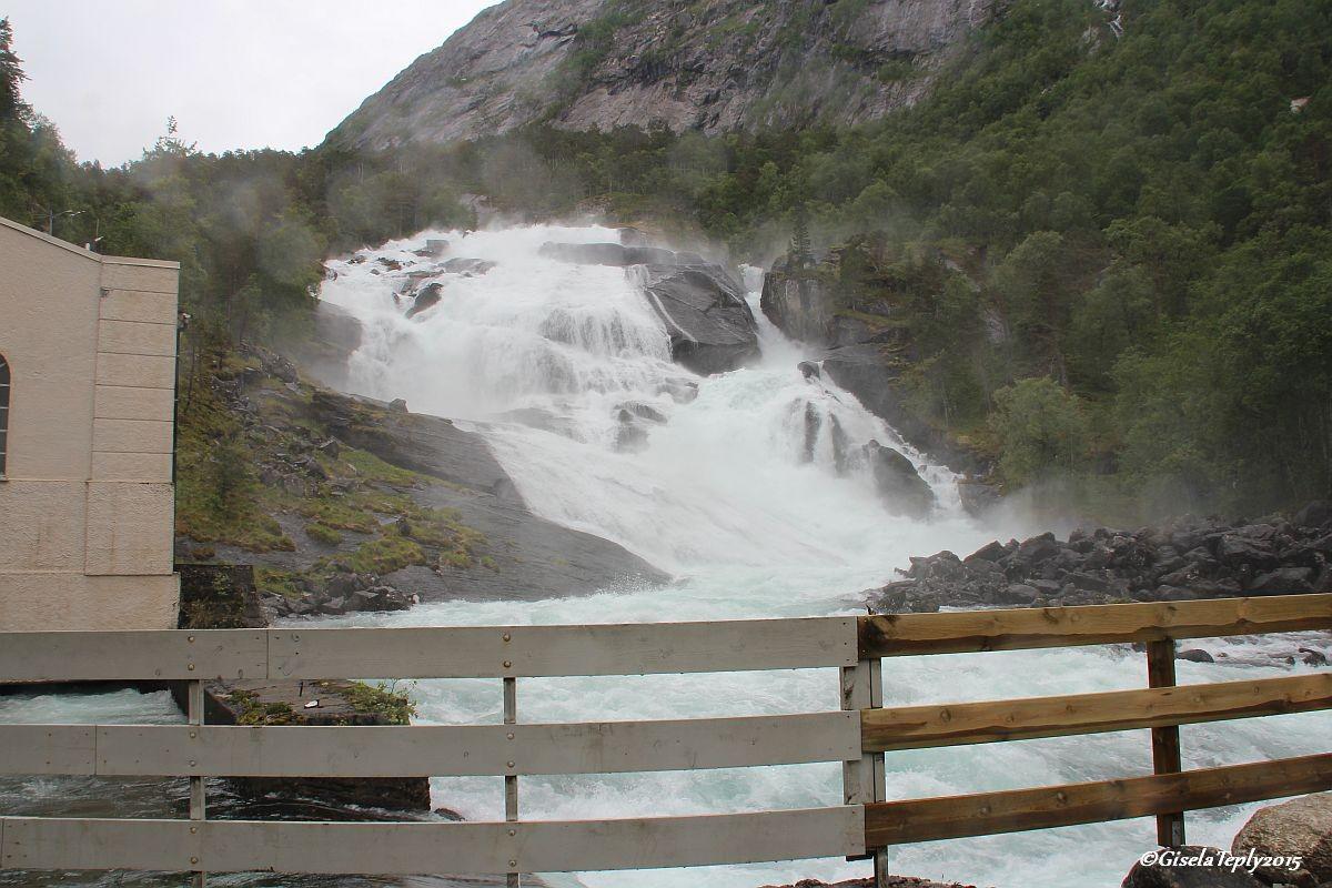 Tveitafossen 1. Wasserfall...