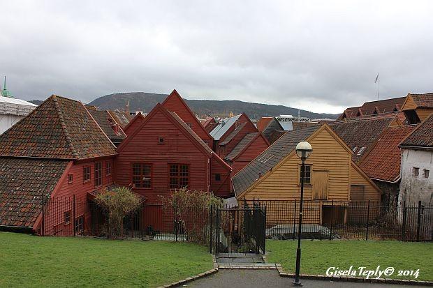 Bryggen im April 2014 mal von hinten gesehen...