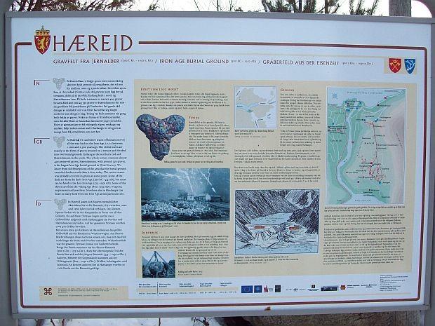350 Hügelgraeber aus der Eisen- und Wikingerzeit befinden sich hier..