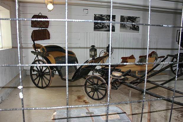Zeugen als man noch zu Pferde und mit Kutsche reiste...