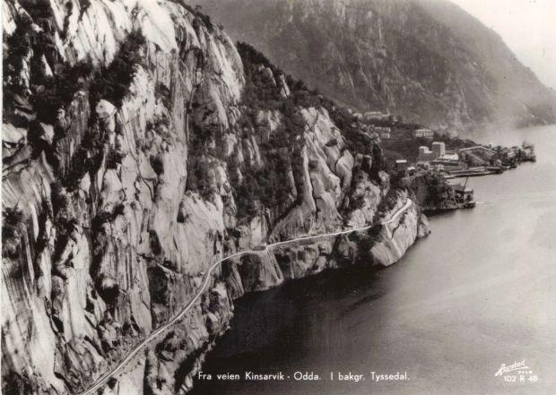 Alte Postkartenansicht der Strasse von Kinsarvik - Tyssedal - Odda