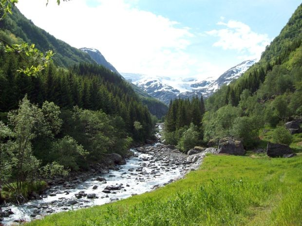 Gletscherbach in Buardalen