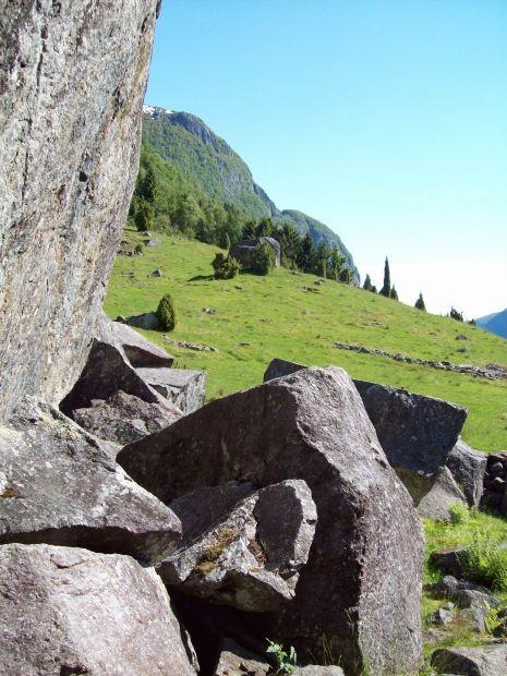 Morenenhaufen oberhalb von Odda