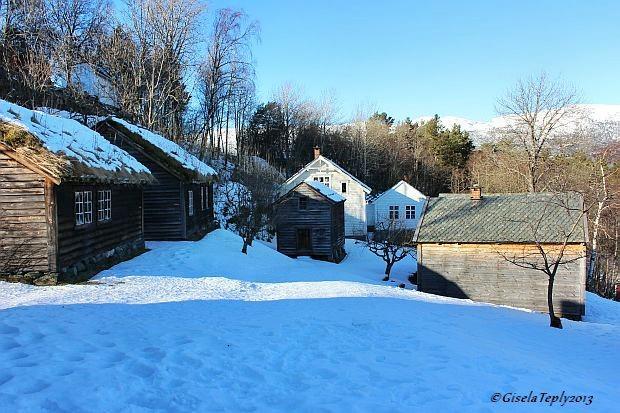 winterliche Ruhe im Freilichtmuseum Utne Februar 2013