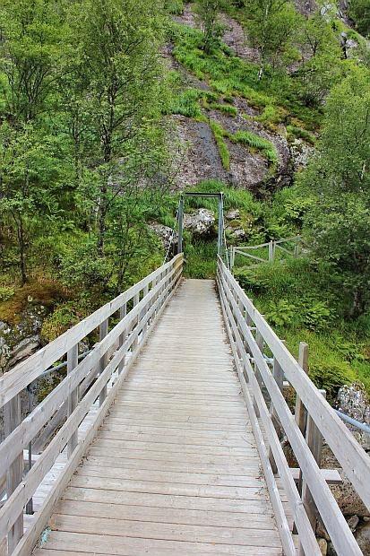 zwei Brücken müssen überquert werden...