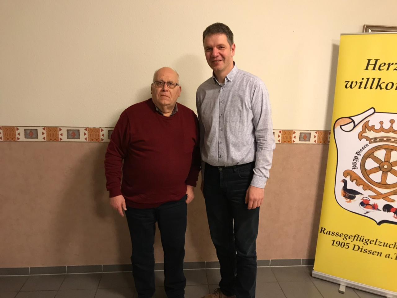 von links: Ehrenvorsitzender Rudi Wilken, 1. Vorsitzender Hubert Franke