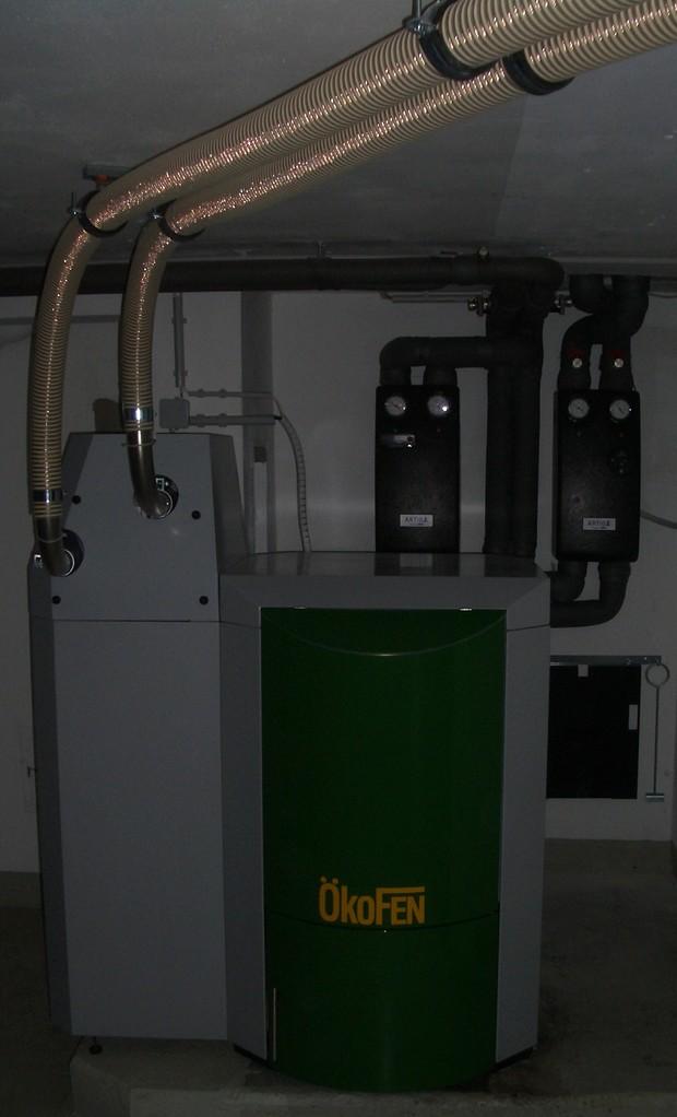 ÖkoFEN Pellematic Vakuumsaugsystem, Brenner links