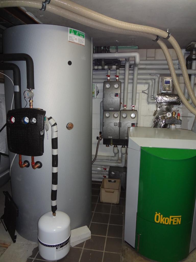 ÖkoFEN Pellematic Kessel mit 1000 Liter Schichtenspeicher 2