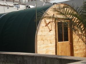 Tente Longue Maison -Les Chemins de Traverse - Régis Rodriguez