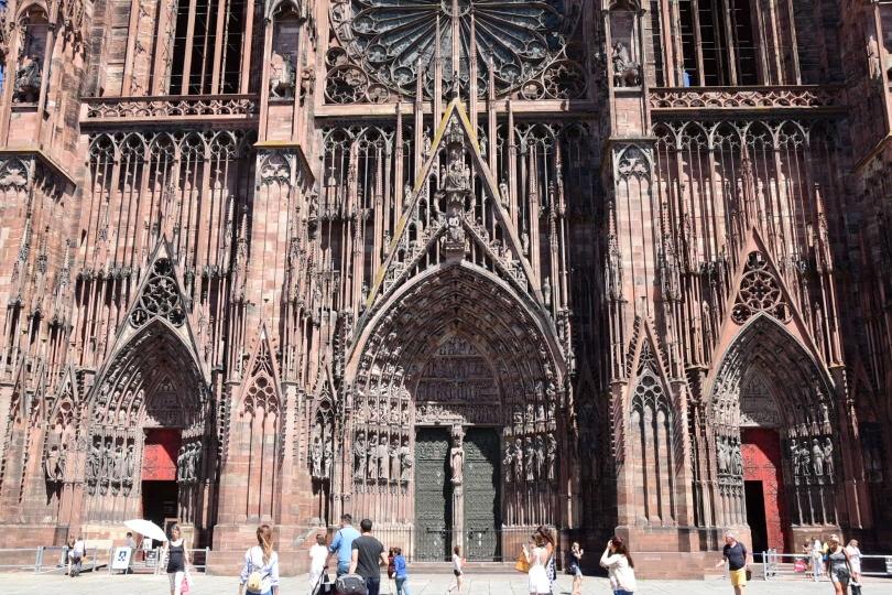 Ich hätte in die Kathedrale reingehen sollen, dann hätte ich auch die Weltzeituhr gesehen