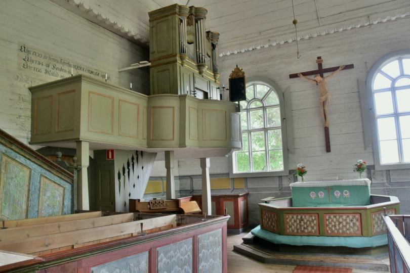 Auch im Innern alles aus Holz und wie es scheint unverfälscht im Original erhalten