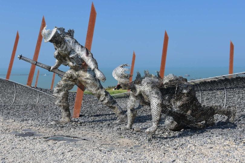Mahnmale, Museen und Gedenkstätten säumen die Nordküste der Normandie