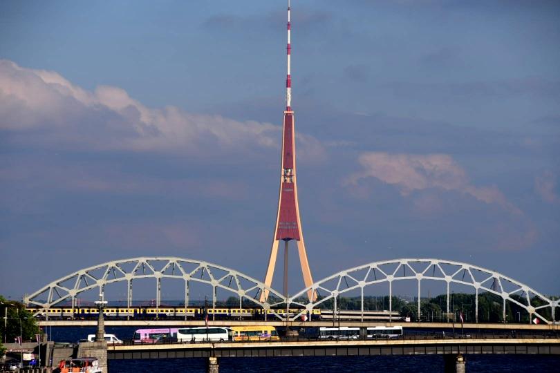 Der markante Funkturm der Stadt