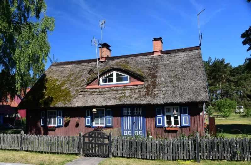 Alles sehr liebevoll gepflegt - Holzhäuser prägen ab jetzt das Bild vieler kleiner Ortschaften