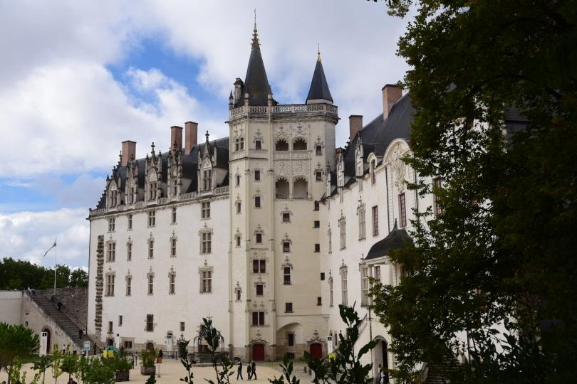 Ach ja, ein Schloss hat Nantes auch,...