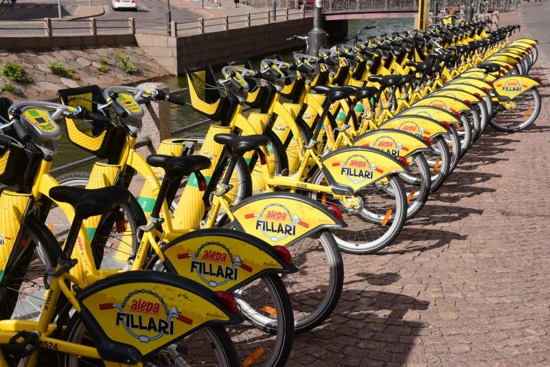 Und überall in der Stadt kann man sich günstig Fahrräder mieten