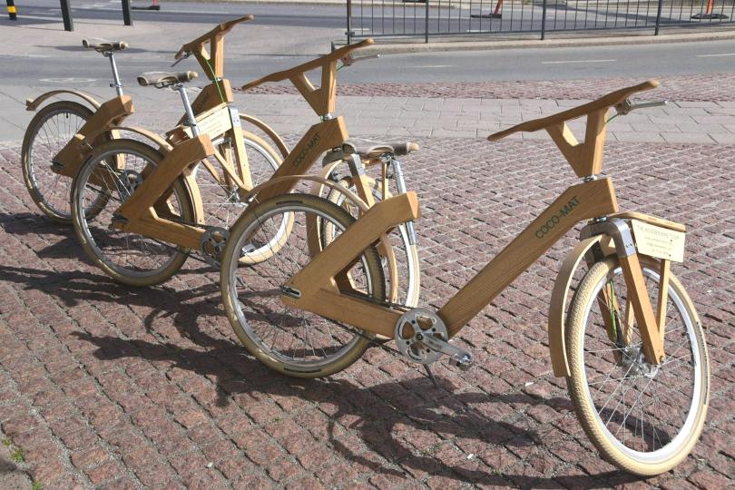 Nein, ich miete mir kein Fahrrad, auch kein Holzrad, für eine Tour durch die schwedische Hauptstadt