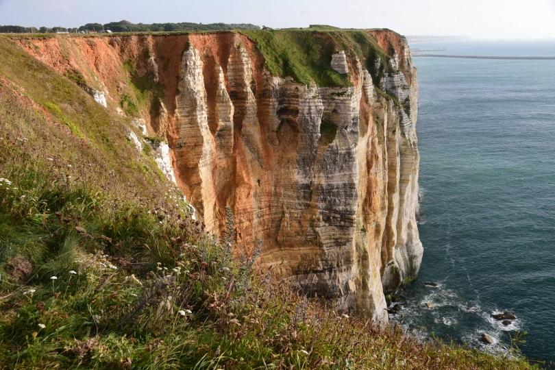 Endlich Abwechslung - aber mit den langen Kalksteinklippen fangen auch die kurzen, aber steilen Anstiege an