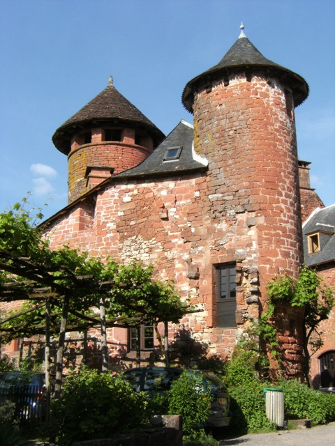 gite-clos-du-quercy-collonges-la-rouge