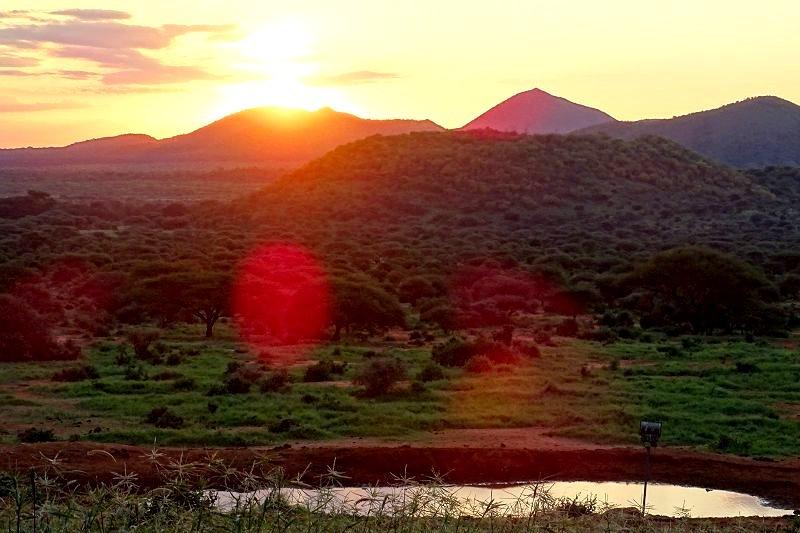 Sonnenuntergang im Tsavo West