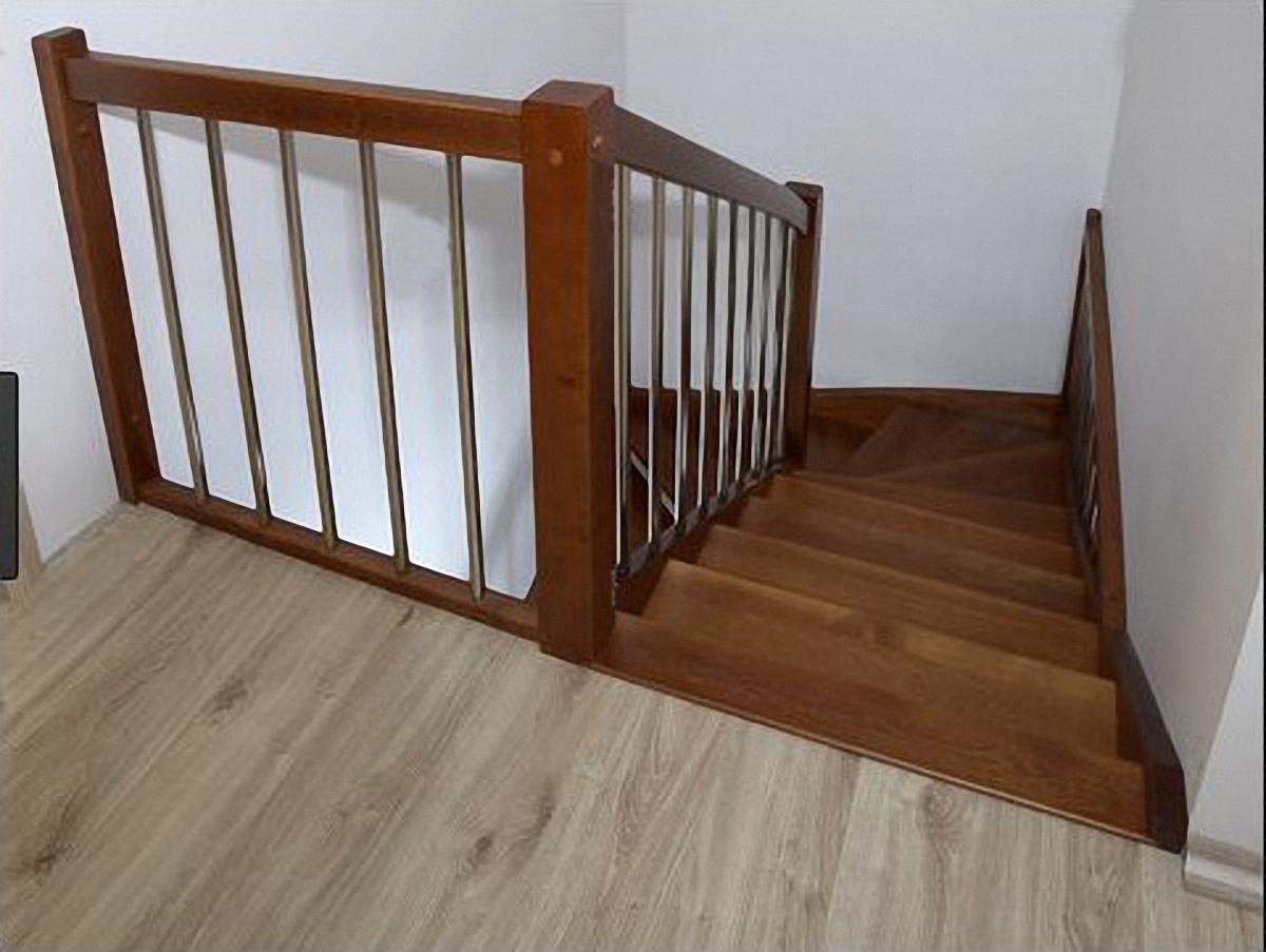 Treppe im Austrittsbereich