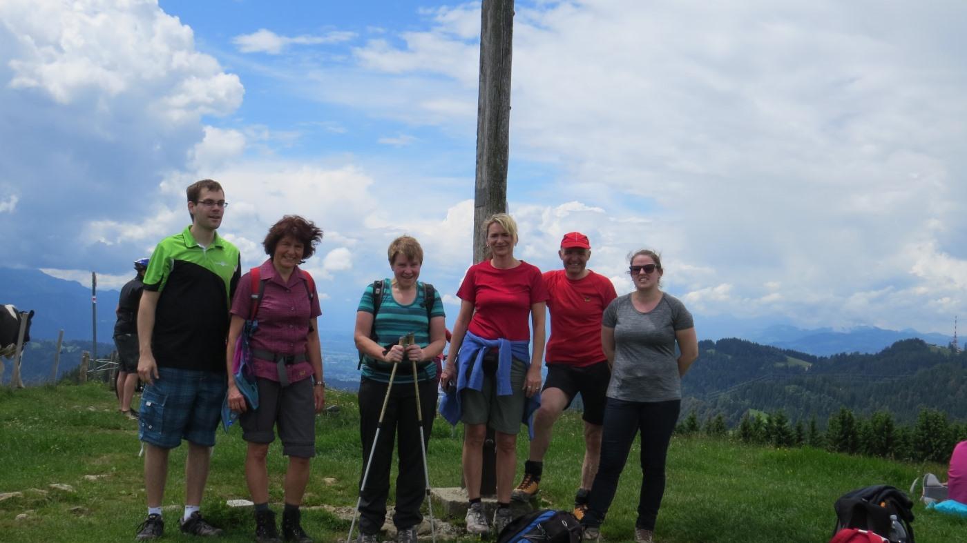 Wandergruppe 1 auf dem Hochberg