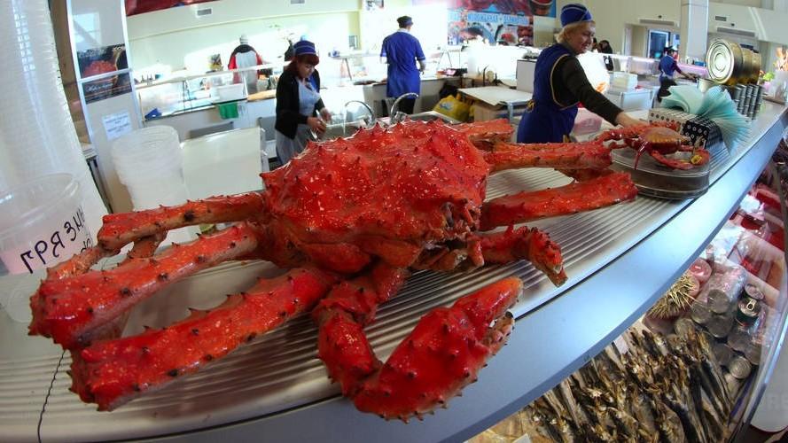 Fish market in Petropavlovsk-Kamchatsky, Kamchatka crab
