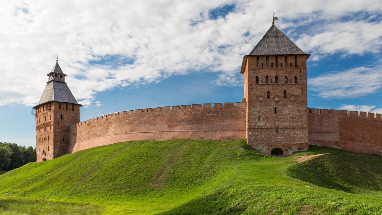 Veliky Novgorod, the Kremlin walls