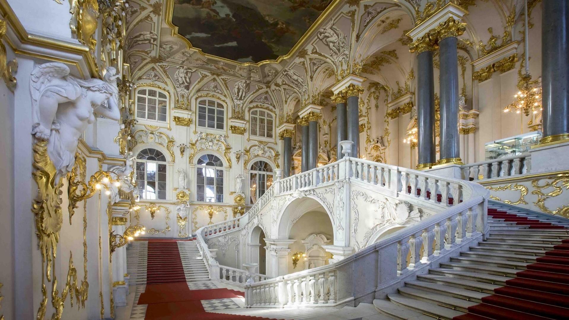 St. Petersburg, the State Hermitage Museum (Jordan Staircase)