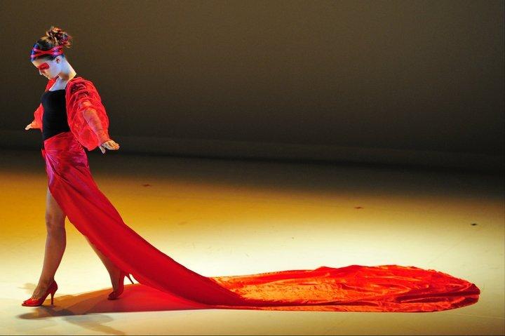 """Manon dans """"Le diable s'habille en Prada"""" : option danse en tant que sport - BAC 2011"""
