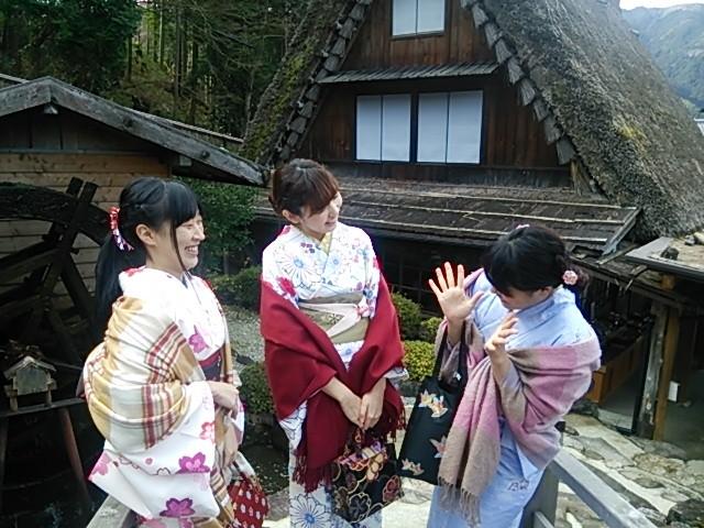 大人女子旅・卒業旅行は下呂温泉に決まり。合掌村で着物体験をしませんか?