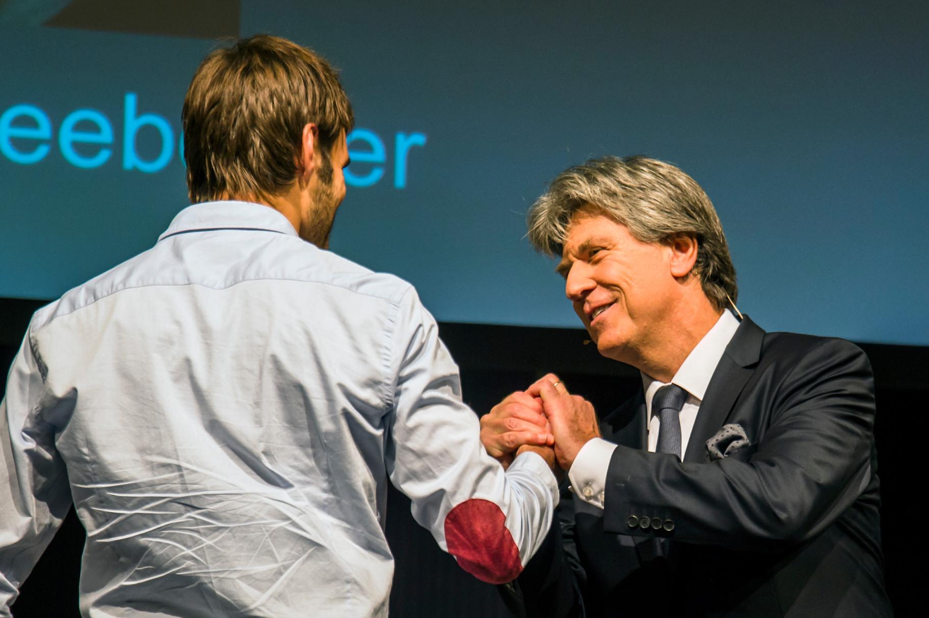 Noah Schneeberger und Moderator Baerni Schär