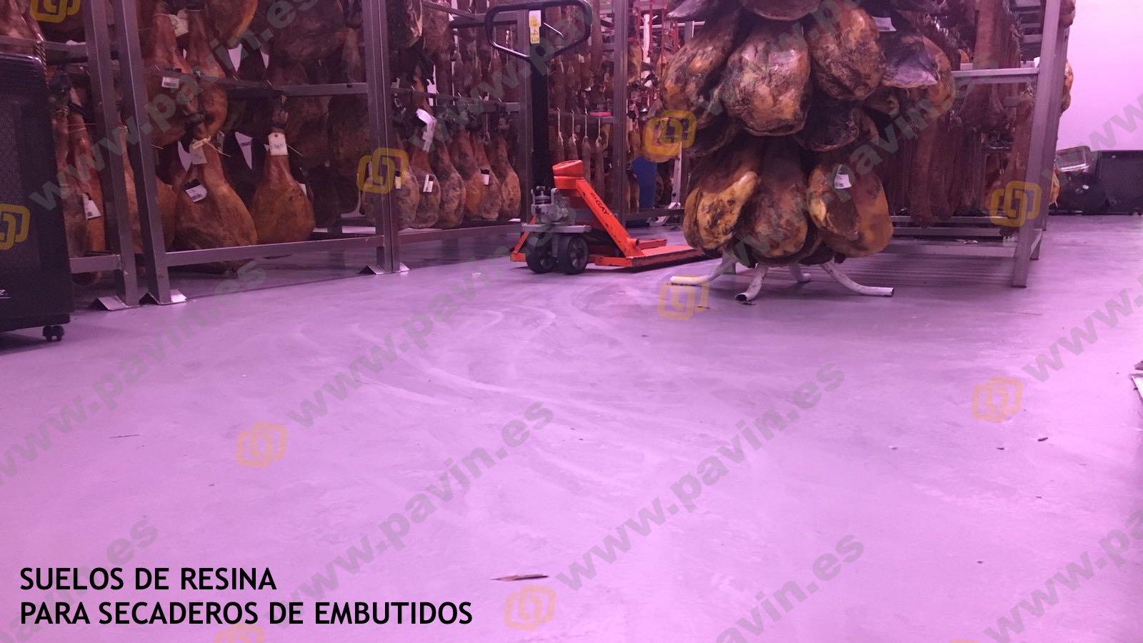Suelos de resina para pavimentos industriales en naves de secaderos de embutidos