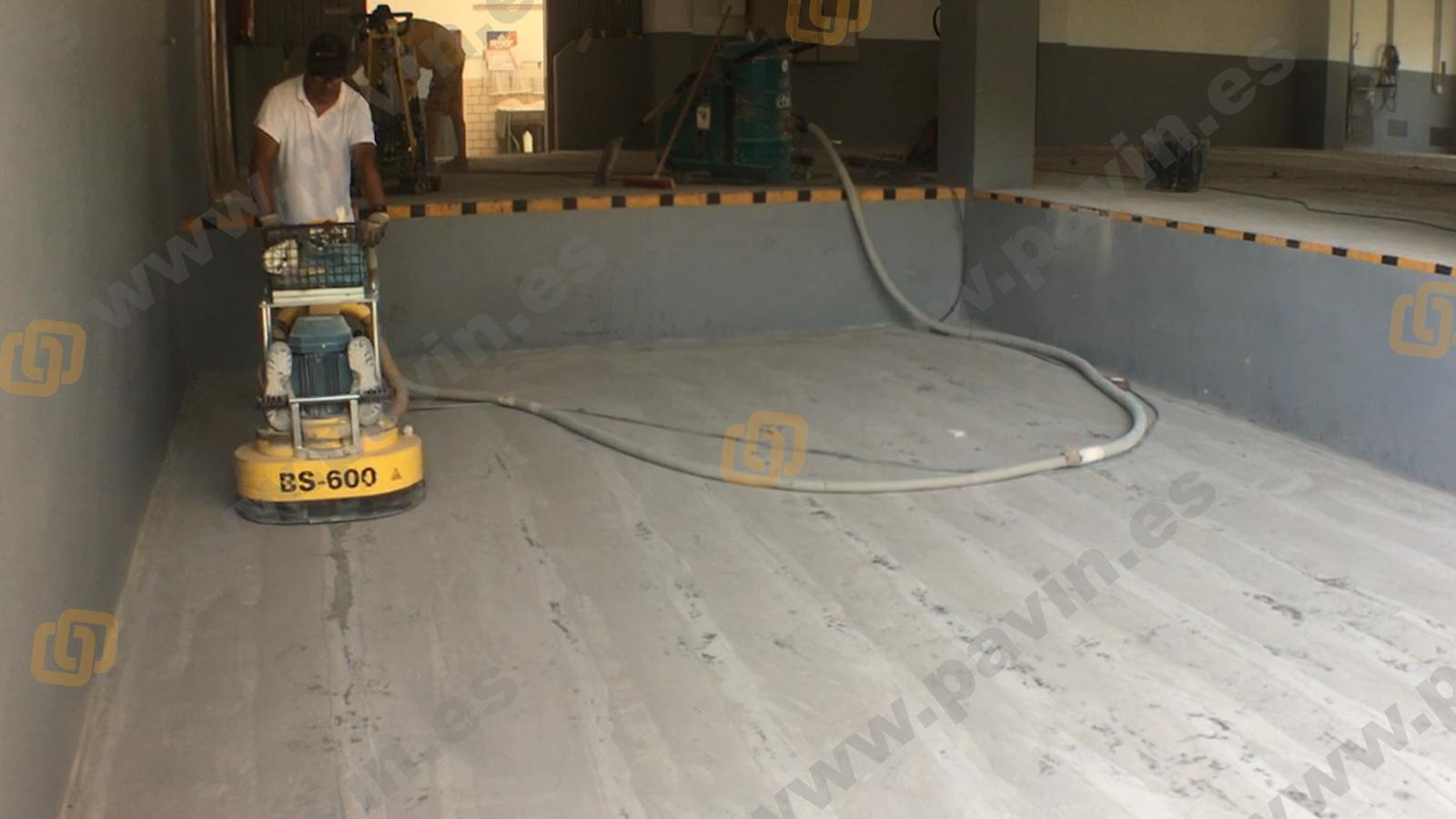 Dianovado de un pavimento industrial para empresa del metal