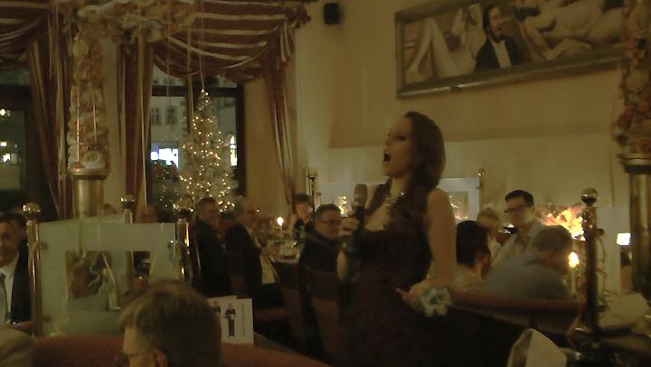 Sopranistin Barbara Winter im Restaurant Pavarotti Erfurt im Gildehaus 1