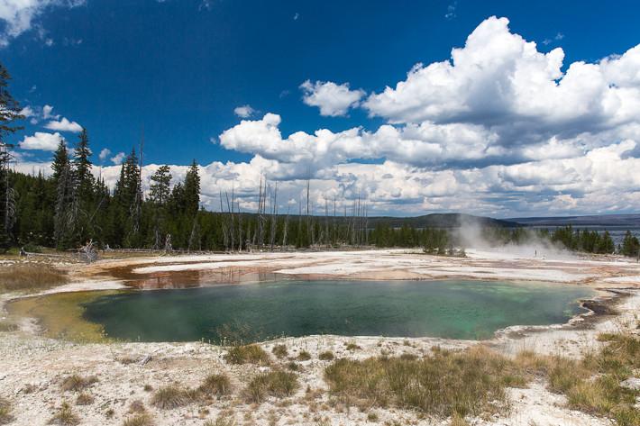 Abyss Pool ist mit 16m die tiefste heiße Quelle im Yellowstone Nationalpark und war zuletzt 1991 aktiv.