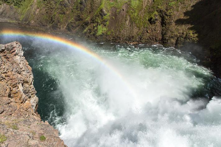 """Aussichtspunkt """"Brink of the Upper Falls"""" (33m)."""