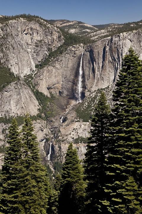 Der Four Mile Trail besticht vor allem durch den beeindruckenden Blick auf die Yosemite Falls.