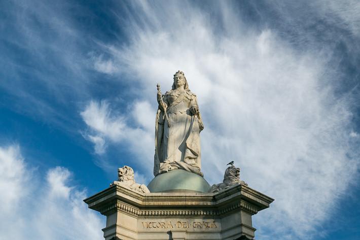 Nochmals Queen Victoria - die Statue sowie die Wolkenstimmung haben mir gut gefallen. ;-)
