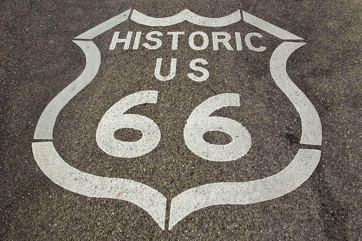 Die Route 66 in Richtung Oatman, Arizona