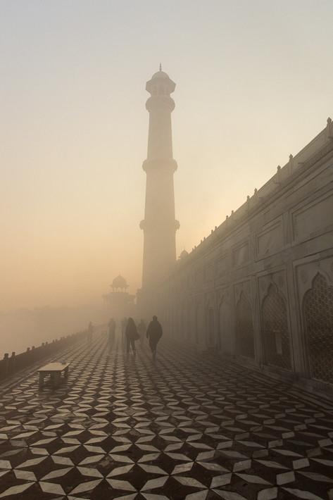 ... eines Erdbebens nicht auf das Taj Mahal fallen.
