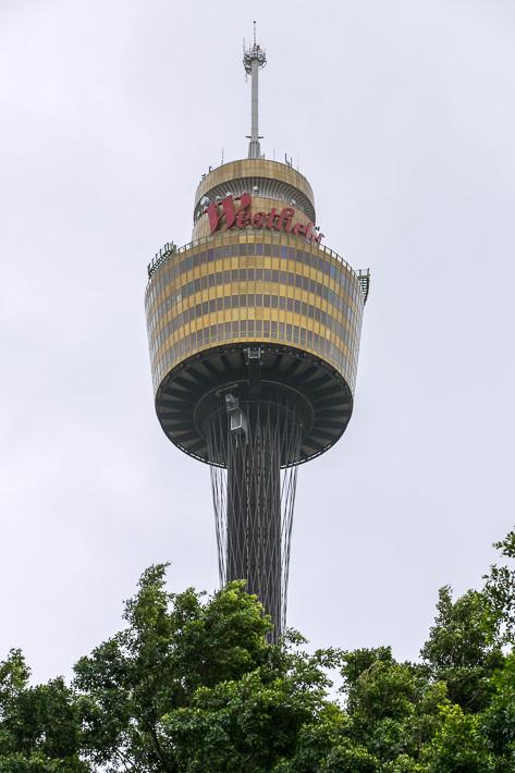 """Die Einwohner von Sydney nennen Ihren Turm """"Centrepoint Tower"""" oder nur """"Centrepoint""""."""