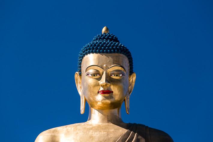 Buddhastatue in der Nähe von Thimphu