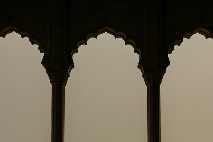 Am späten Vormittag erlebten wir den indischen Smog - so weit das Auge reicht ...