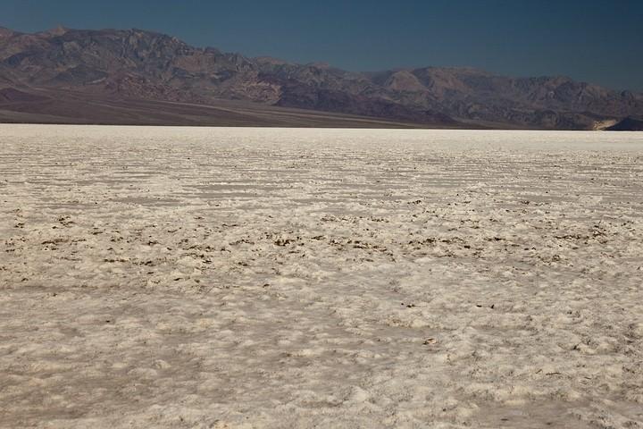 Badwater im Death Valley ist der tiefste Punkt Nordamerikas mit einer Höhe von 85,5 m unter dem Meeresspiegel.